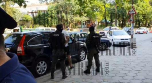 Снимка от ареста на В. Балтов в Сандански