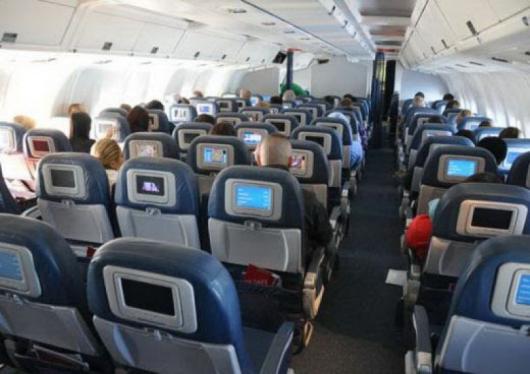 """Обвинители срещу Матюс са няколко пътници на полет 913 на """"Делта""""."""