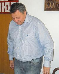 К. Хаджигаев седна вчера в председателския стол в ОбС - Благоевград след десетдневно боледуване