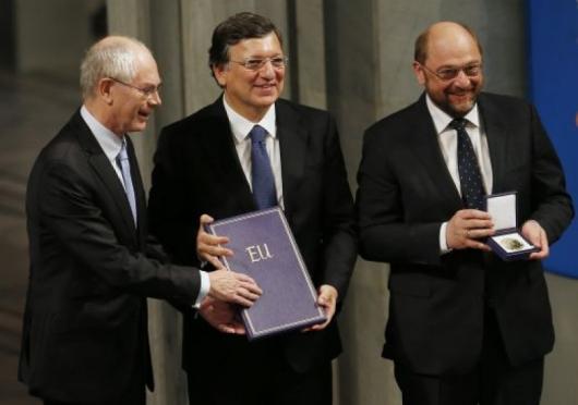 Тримата лидери на ЕС получиха наградата, снимка: REUTERS