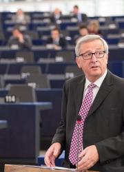 Жан Клод Юнкер получи подкрепа от евродепутатите. Сн.: EPA/БГНЕС