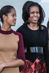 Мишел Обама с дъщерите си Малия и Саша. Сн.: Getty Images/Guliver