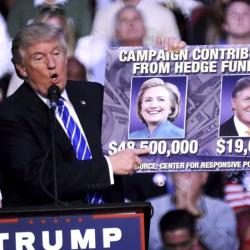 Във Флорида тези дни Тръмп се похвали със скромно финансирана кампания в сравнение с Клинтън. Сн.: EPA/БГНЕС