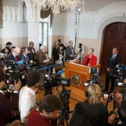 Момент от обявяването в Осло м.г. на Нобеловата награда за мир. Сн.: EPA/БГНЕС