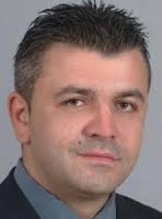 Сблъсък! Полицейската истина за общинския съветник Кр. Роячки: Беше заловен пиян в автомобила, колата бе със запален двигател, взета е книжката му за 2 години